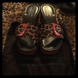 Donald J Pliner Italian animal print sandals